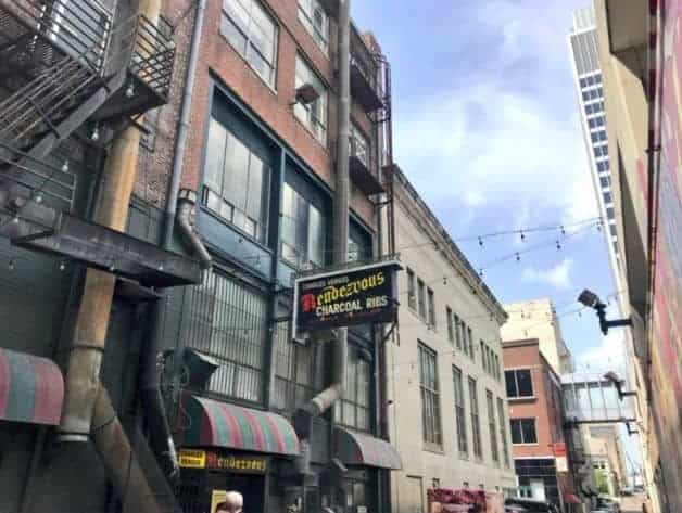 Memphis BBQ giant Rendezvous celebrates 70-year anniversary